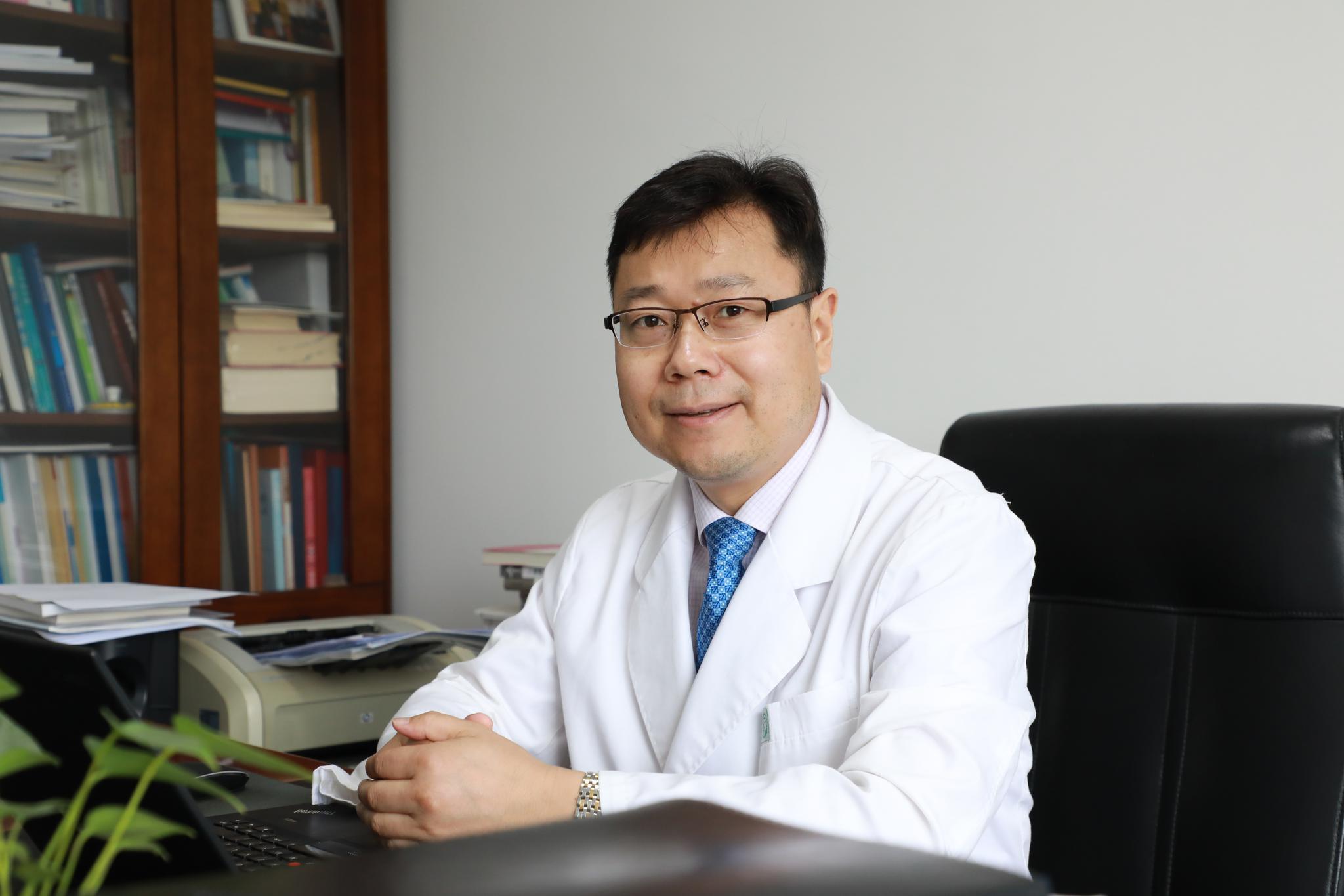 北京地坛医院副院长吴国安:我们顶住了突然的入院潮图片