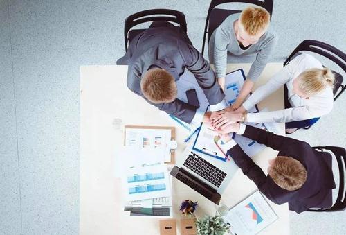 天眼查发布《创业报告2020》:今年新增直播企业6000家