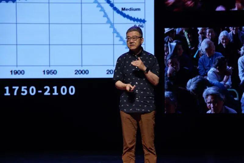 """中国何时不再""""人口第一""""?人口老龄化,将这样改变中国→"""