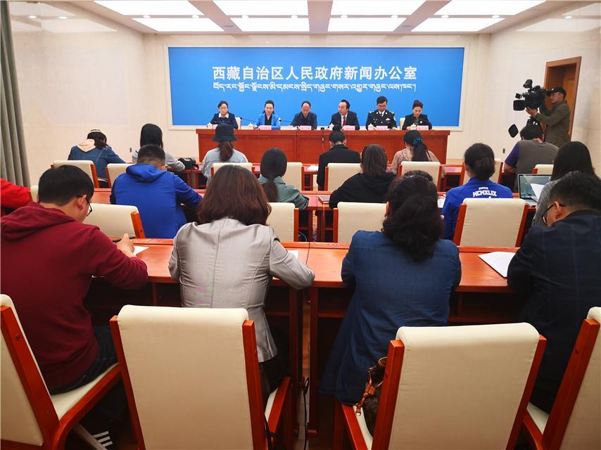 """西藏出台文件 守护群众""""舌尖上的安全"""""""