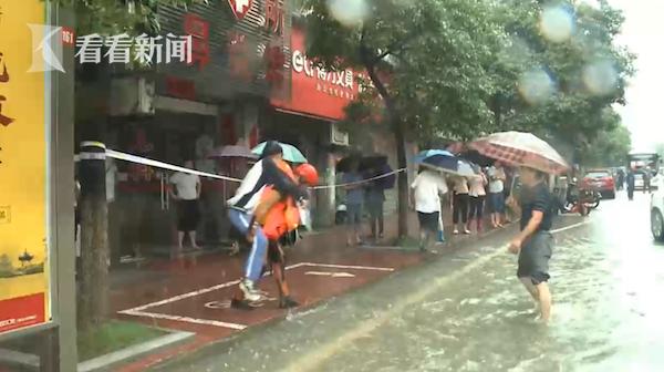视频|我们来了!直击九江抗洪救援现场!图片