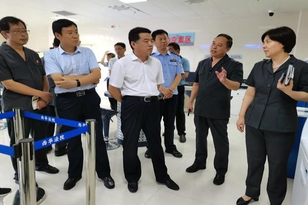 河南省西华县委领导一行到西华县法院调研指导工作