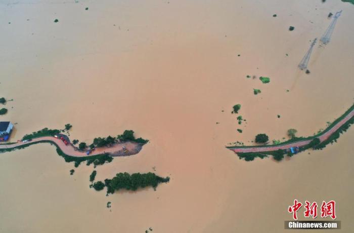 洪涝致江西505.3万人受灾 防汛应急响应提升至I级(图)图片