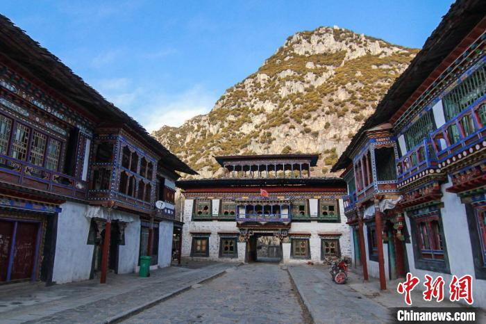 西藏太昭古城历史文化展览馆展陈方案评审会举行