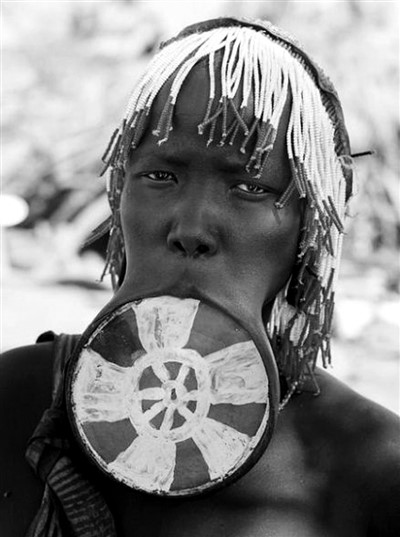[杏悦]非洲世外桃源——唇杏悦盘族图片