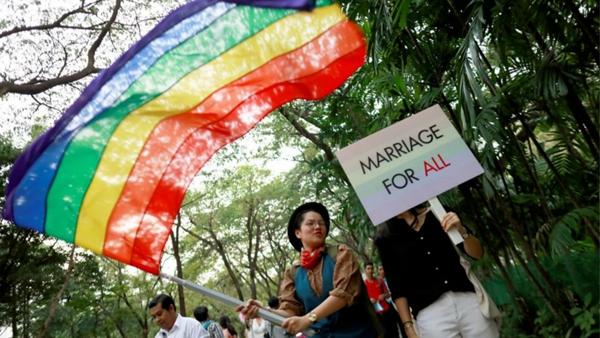 泰国同性婚姻合法化草案通过,佛系国度怎么看LGBT
