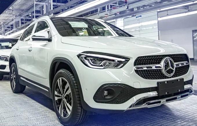 7月23日上市,奔驰新GLA预计26万就能买,你买它还是宝马X2