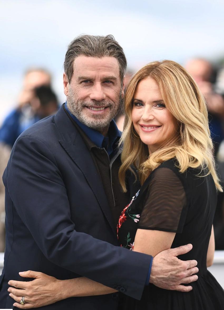 约翰·特拉沃尔塔妻子,演员凯利·普雷斯顿因乳腺癌病逝