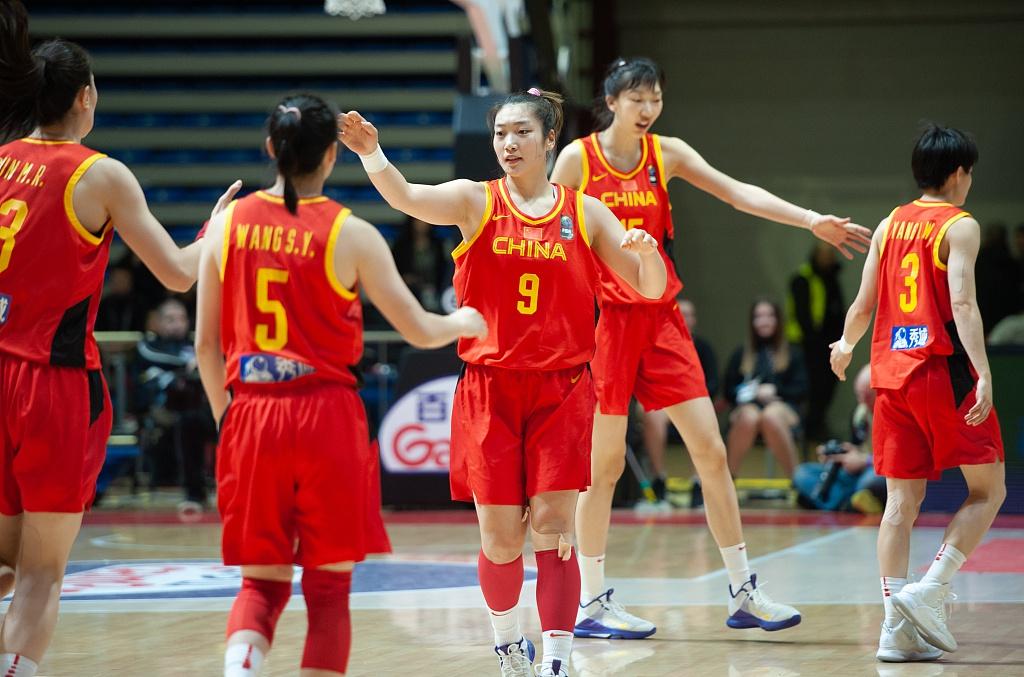 中国女篮公布集训名单,4名大学生球员来自这两所高校