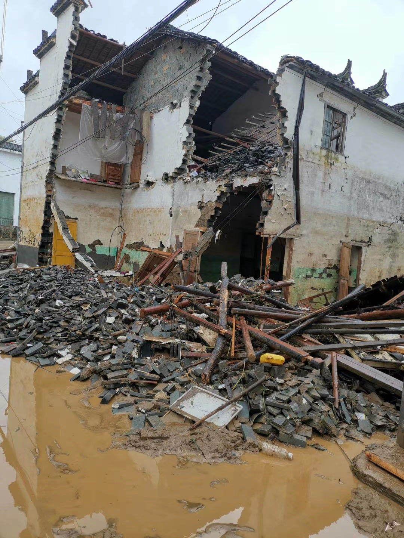 车田村受损房屋。受访者供图