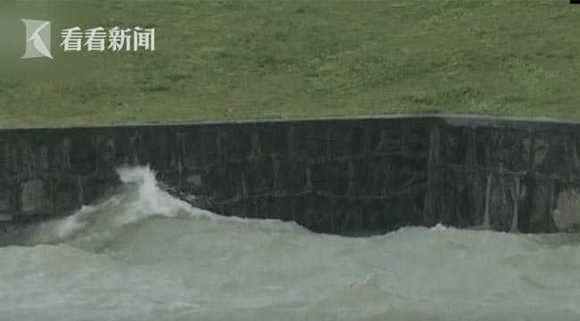 杏悦,太杏悦湖连续16天超警守堤同时加大下图片