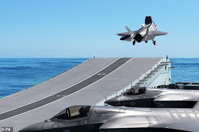 F-35B闪电II隐形战斗机,图源:英国《逐日邮报》