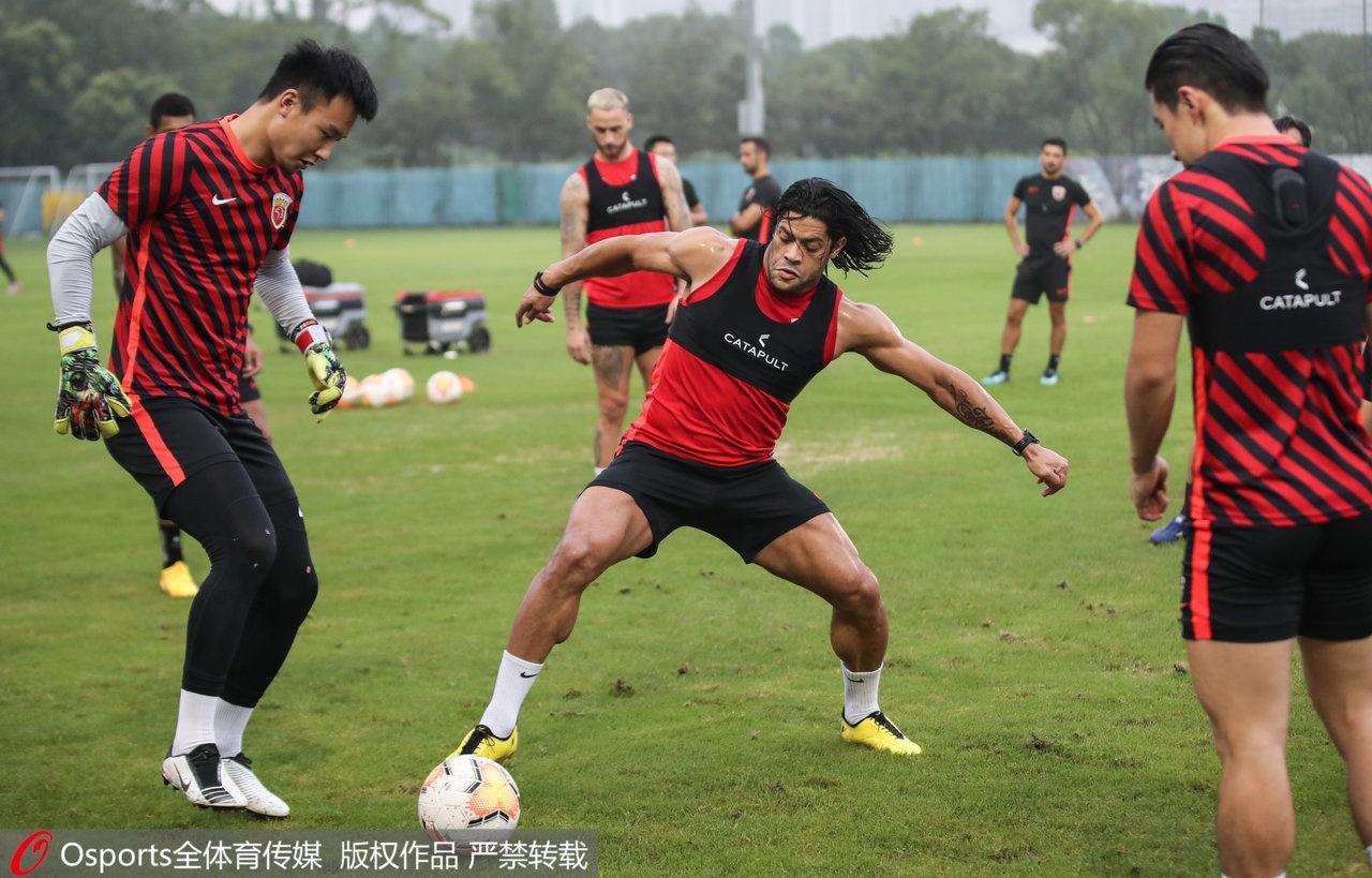 上海上港热身赛四连胜:最困难的中超赛季,球员准备好了