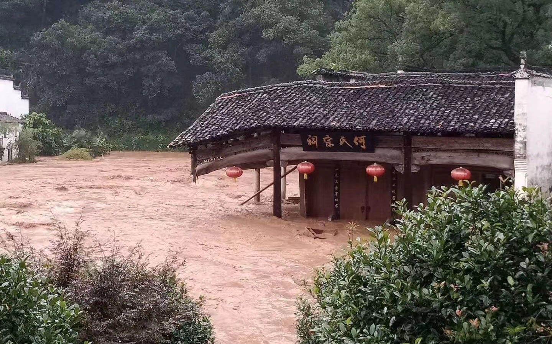 婺源的村庄:洪水退去务工年轻人回村 生活逐步重启图片