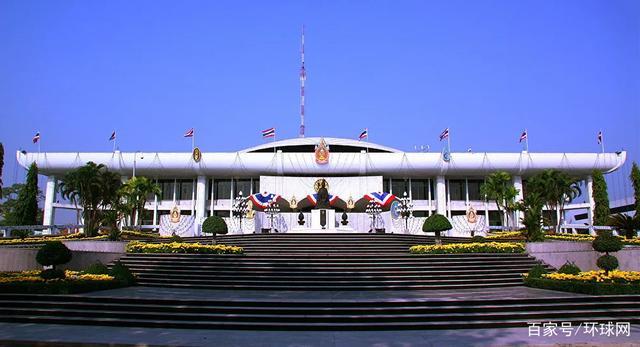 外媒:泰国副总理、财政部长将辞职