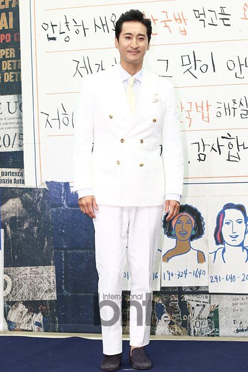 申贤俊主动退出综艺《超人回来了》 表示对家人的伤害太大