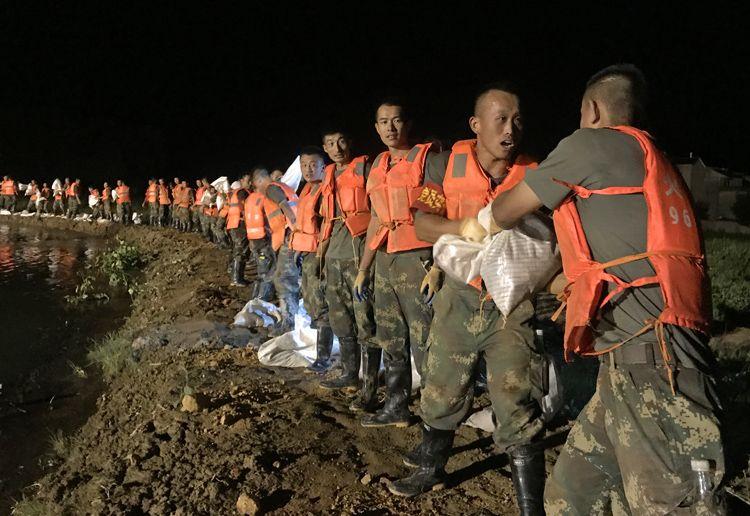 杏悦地发生管涌百余名火箭军官兵军歌杏悦图片