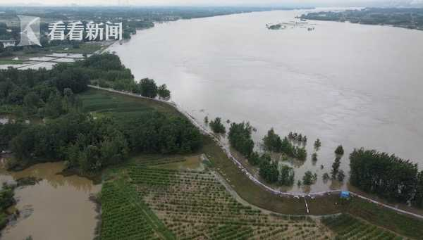 [杏悦]江水位持续上涨军民杏悦协力守护图片