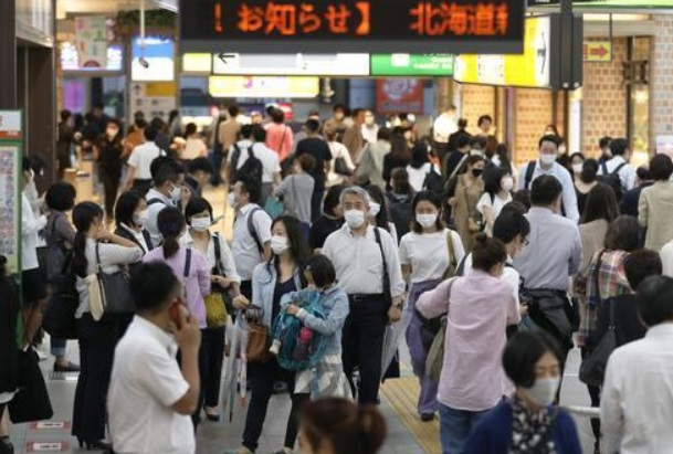 日本日增新冠病例创全国紧急状态解除以来最大增幅