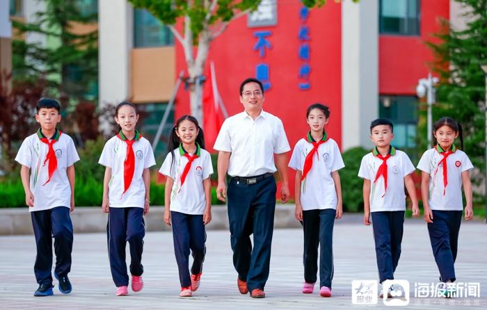 为幸福人生奠基 ——访东营东凯实验学校校长赵文刚