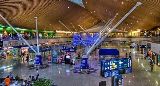 马来西亚机场控股公司:航空旅行7月上旬复苏明显 平均每日飞机起降量增至550架