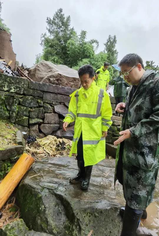 重庆开州区敦好镇山体滑坡救援处置结束 6人遇难图片