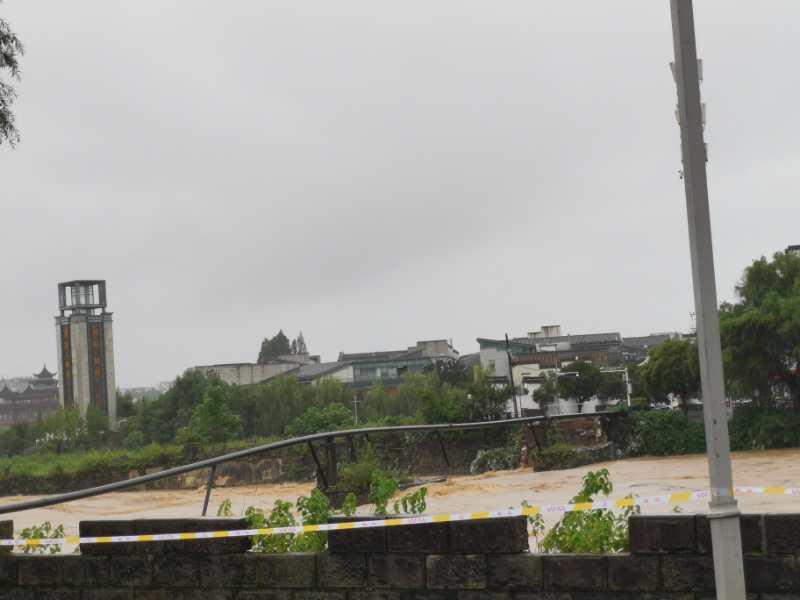 【杏悦】复484年历史镇杏悦海桥救援队已探寻图片