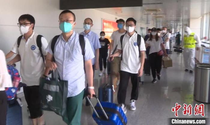 [杏悦]北武汉援疆医疗队顺利抵达新杏悦疆图片