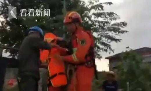 「杏悦」频|江西九江杏悦多县市被淹消防员搭建起连图片