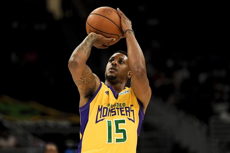 查尔莫斯谈没NBA球队签他:感到沮丧 我不是更衣室里的坏人