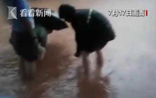 杏悦,庆暴雨来袭村杏悦镇积水严重农田被图片