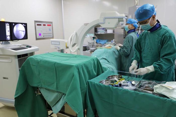 扶绥县人民医院对乐城患者进行了经皮椎