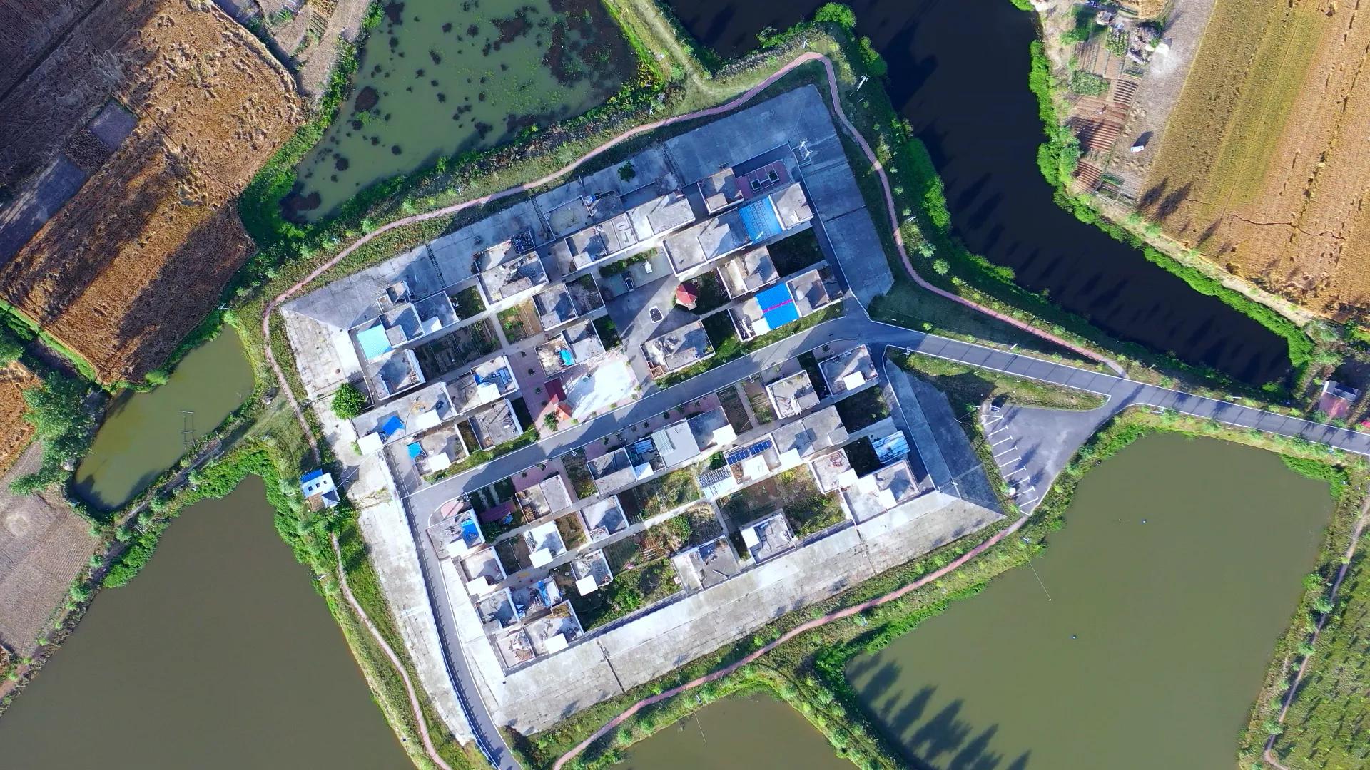 """安徽蒙洼蓄洪区形成77个""""岛屿"""",当地部署船只保障出行图片"""