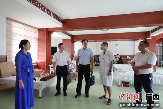 自治区南溪山医院深入龙胜、钟山走访调研 扎实推进医联体建设
