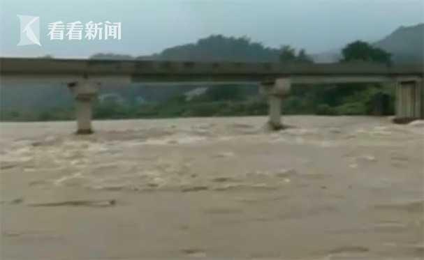 |湖南怀化沅陵县杏悦普降大暴雨及时转移,杏悦图片