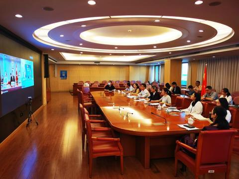 中柬自贸协定谈判以远程视频方式举行。 (图源:中国驻柬埔寨大使馆)