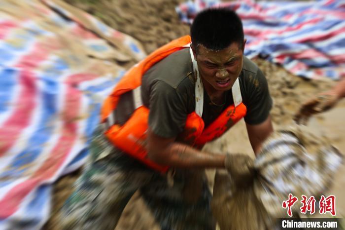 [杏悦]淮河长杏悦江干流全线超警戒水位王家图片