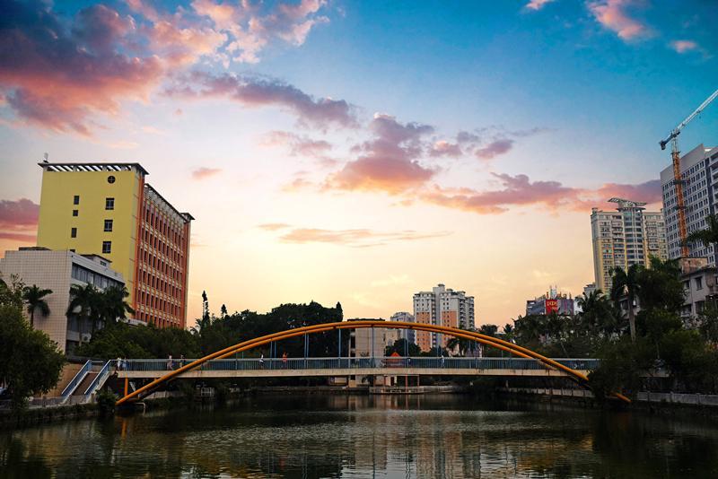 广东医科大学2020年招4747名广东考生,新生最高奖15万元