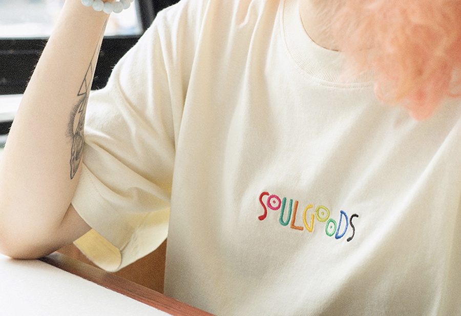 夏日必备彩虹 Tee!SOULGOODS 新品今晚抢先发售!