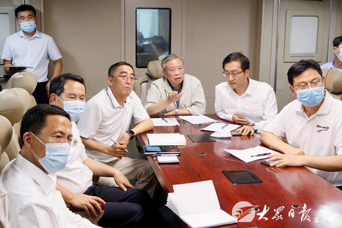 「杏悦」省委书杏悦记刘家义突击抽查防汛值守图片