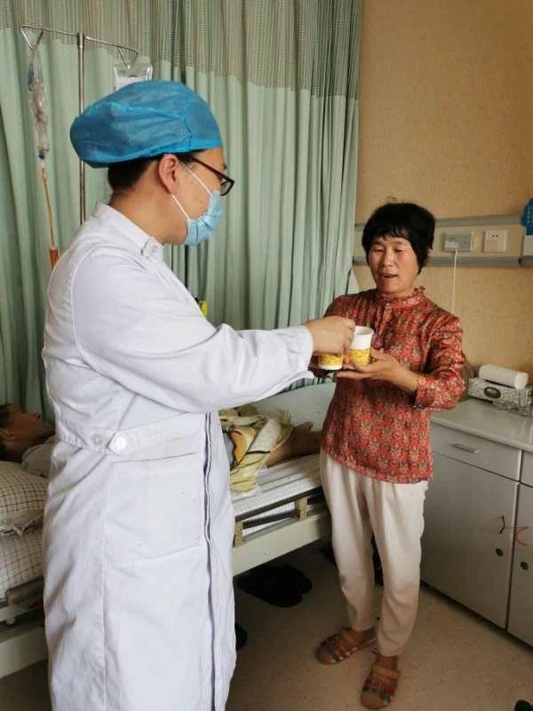 潍坊市中医院自制姜枣茶送患者获点赞