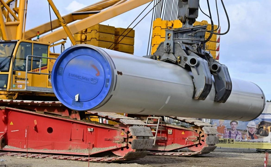 """这是2019年3月26日在德国卢布明拍摄的""""北溪-2""""天然气管道项目建设工地的资料照片。新华社/法新"""