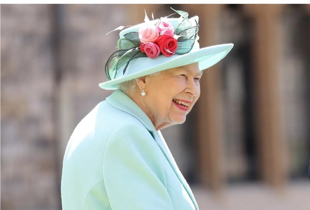 英国最新传记将讲述哈里、梅根夫妇与王室的系列纷争图片