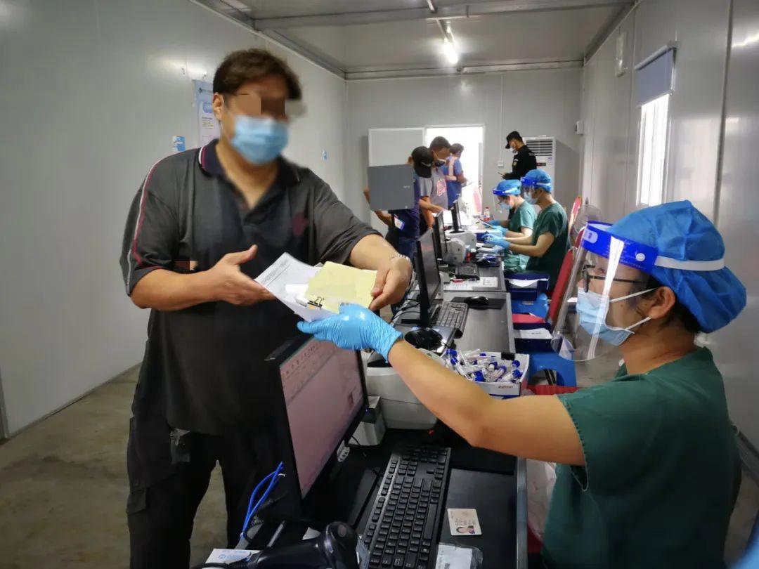 【杏悦】院院长遏制香港疫情有两杏悦件事可能图片