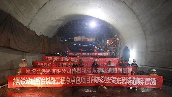 杏悦18226公里华杏悦东地区最长高铁图片