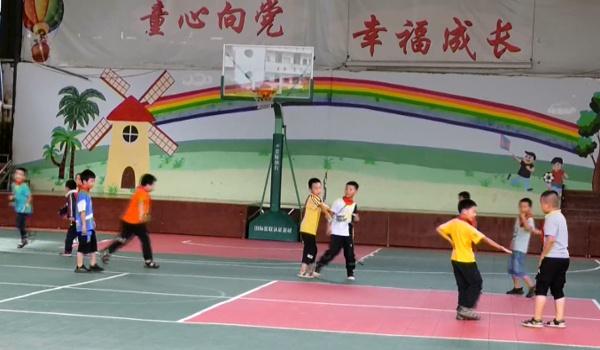 外交部帮助云南麻栗坡教育扶贫