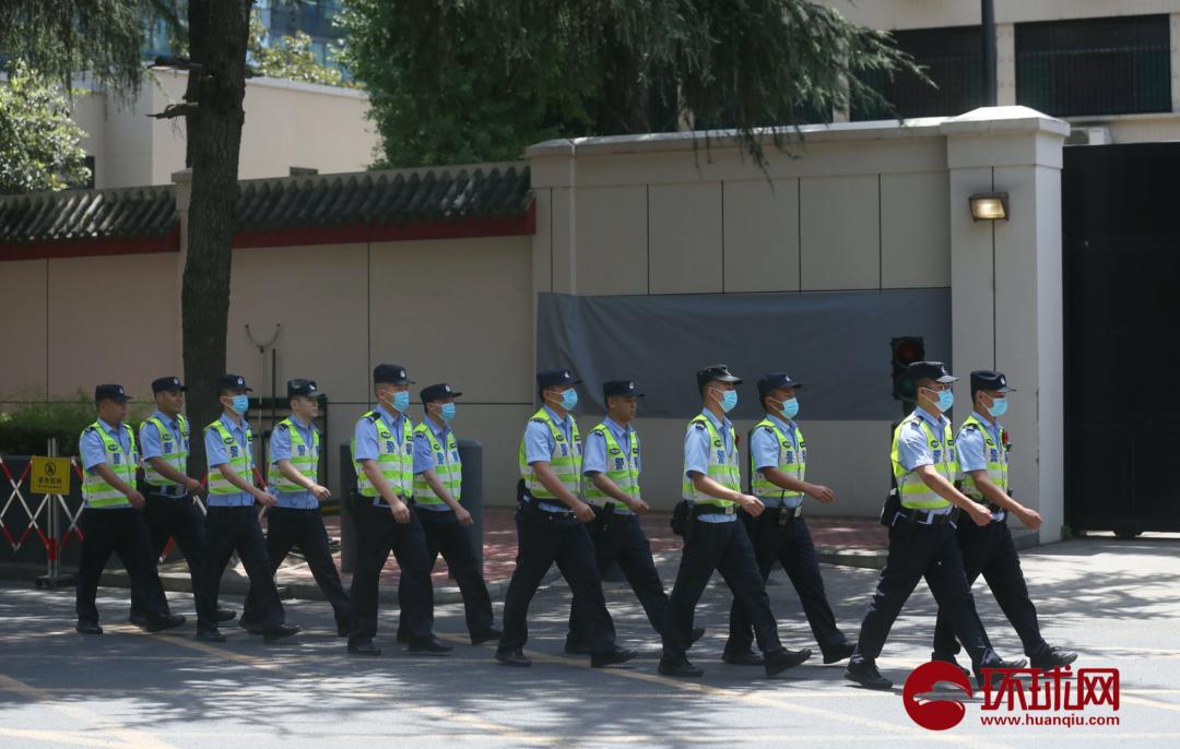 中方接受美驻成都总领事馆:相干标识已被遮掩(摄/全球时报-全球网崔萌)