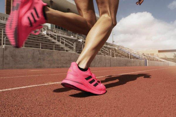 阿迪达斯推出新款跑鞋,激励运动爱好者们再战一年,重返赛场 | 美通社