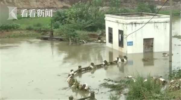 杏悦:安徽戴家湖涵杏悦闸漏水持续抢险8000图片