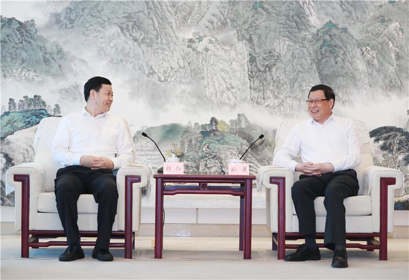 加快5G网络建设步伐!应勇王晓东与中国移动董事长杨杰座谈交流了这些战略合作